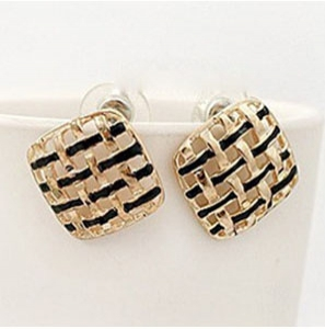 H28 Fashion Earrings Earstud