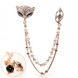 K1 Crystal Fox Pearl chain brooch