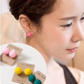 B65 Candy Coloured Fashion Ear Studs