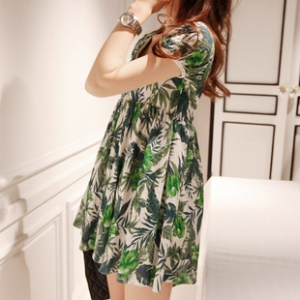 Short sleeves leaf print dress