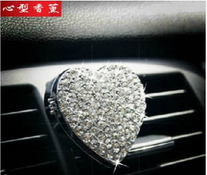 Diamond heart-shaped car fragrance