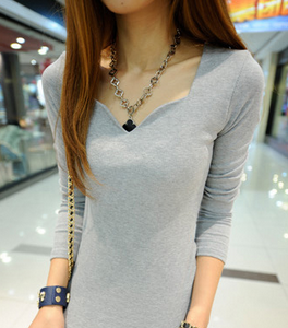 Long-sleeves V-neck Basic Tee