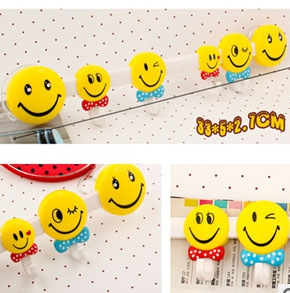 Household Smilely Face Decorative Wall Hooks