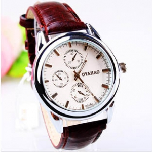 163369 Classic Casual leather watch