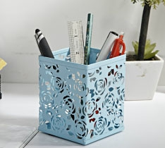 9012 Square Rose Engraved Metal Pen Holder