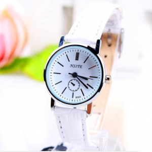 166439  Trendy simple design leather watch