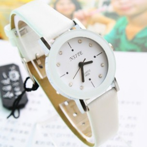 Trendy simple design leather watch