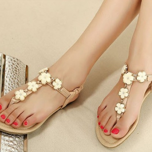 Bohemian Style sandals With Flower Details