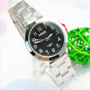 143606 Casual steel watch