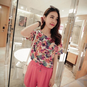 Loose printed chiffon top