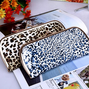 Leopard color PU leather wallet