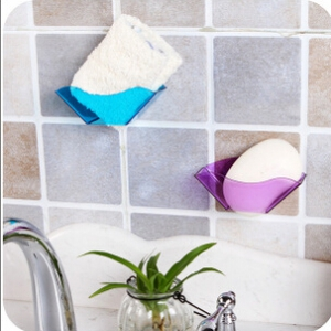 Colorful draining shelf