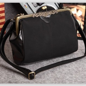 Fashionable Matte Suede Shoulder Bag (Black)