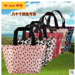 Assorted design Waterproof lunch bag M size Random design