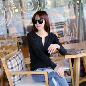 T530  V-neck long-sleeved shirt